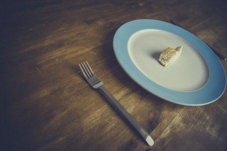2歳娘がご飯食べない!イライラする前に知っておきたい4つの理由と私が試した2つの方法
